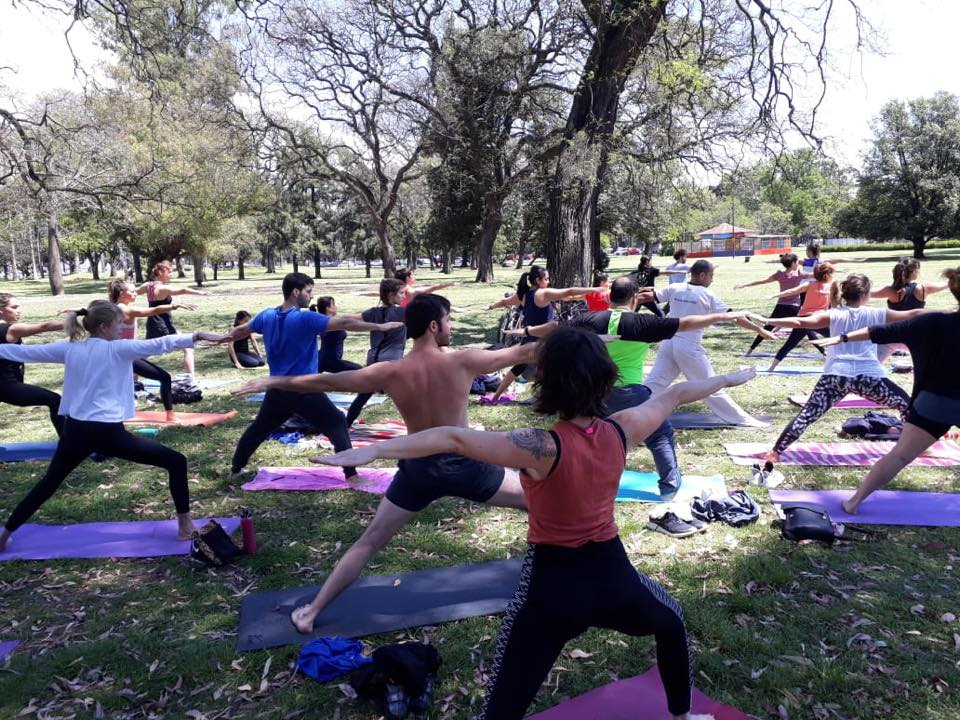 Clases de yoga gratis en los Bosques de Palermo 347924ba663a